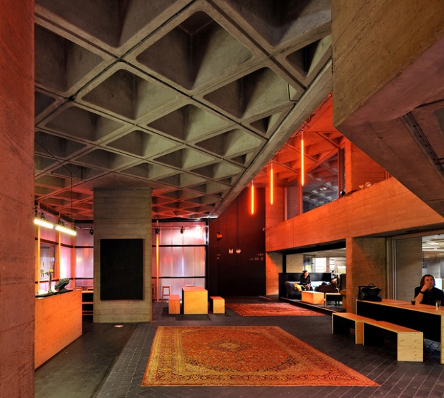 2-the-shed-by-haworth-tompkins-at-national-theatre-in-londons-south-bank