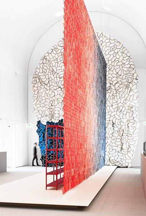 Momentane-exhibition-by-Ronan-and-Erwan-Bouroullec_13